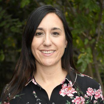 Rostro de entrevistada Constanza Mantelli de la Fuente, jefa de Unidad de Vinculación para la Innovación.